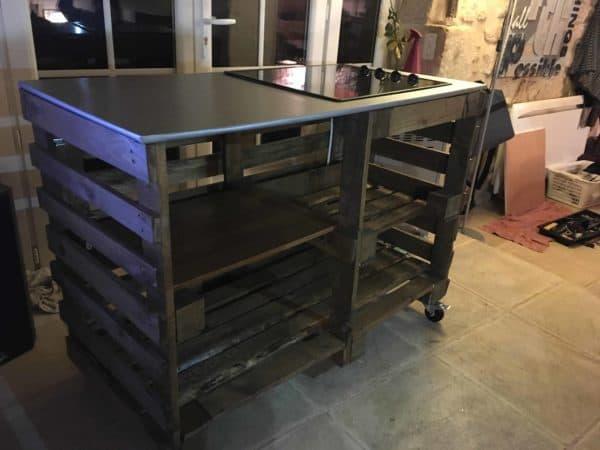 Pallet Kitchen Island with Cooktop Pallet Desks & Pallet Tables