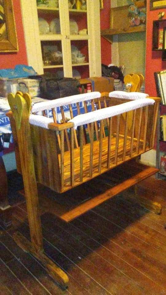 Reclaimed Pallet Baby Cradle Pallet Beds, Pallet Headboards & Frames