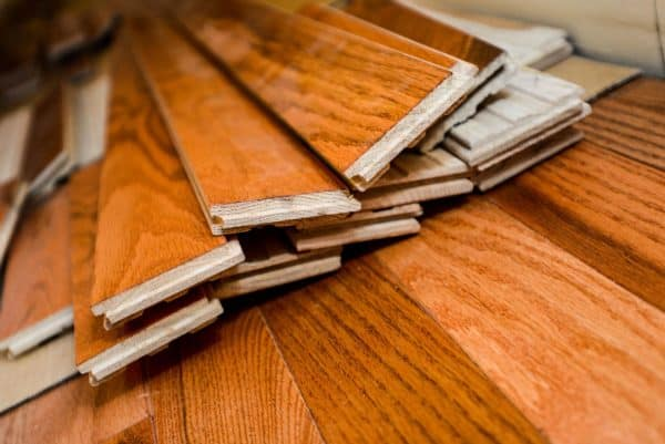 How Does House Humidity Affect Wood Furniture? Workshop and tools