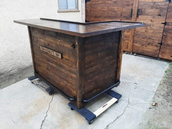 Pjay & Stacy's Pallet Bar Pallet Bars