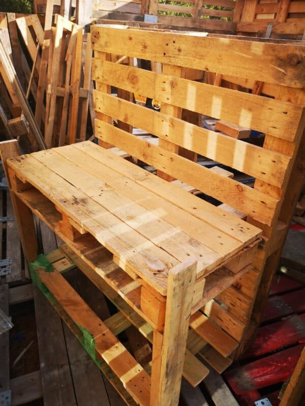 The Pallet Mud Kitchen I Made for My Niece Fun Pallet Crafts for Kids