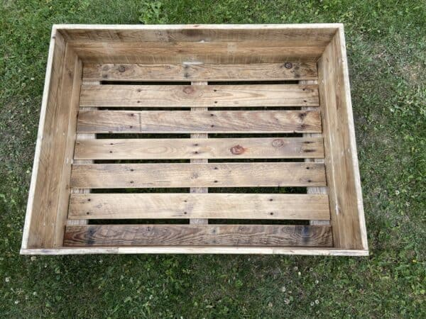 Pallet Dog Bed – 3 Days in the Making! Animal Pallet Houses & Pallet Supplies