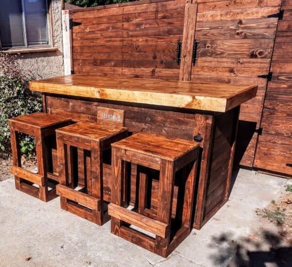 The Rook's Tavern Pallet Bar Pallet Bars