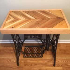 1001pallets.com-reclaimed-pallet-epoxy-tabletop-with-cast-iron-singer-base