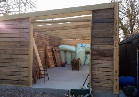 1001pallets.com-yet-another-shed4
